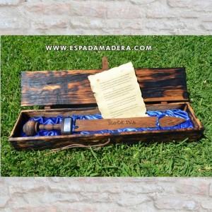 Caja de madera para rudis romano